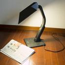 電気スタンド セットで300円 夜中に読書は勿論、部屋の一部分を明...
