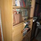本棚 ガラス引き戸 無料