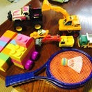 おもちゃ( 働く車・ブロック・バドミントン)