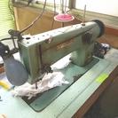 工業用 横振り刺繍ミシン STAGER DZ-S823