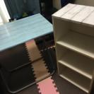 セット: テーブル、カラーボックス