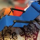 未使用新品のパイプ式肘掛付折り畳み椅子(簡易ベッド兼用タイプ)