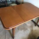 作業用テーブルとして使用していました。