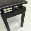 電子ピアノの椅子