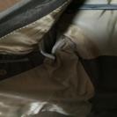 【タケオキクチ】(日本製)スーツジャケット(傷無し)、ズボンのみ破れ有 - 服/ファッション