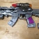 無料 光るおもちゃの銃(サウンドフラッシュガン?)ポケモントレッタフーパ