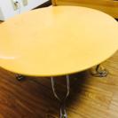 折りたたみテーブル ※かなり使用感あります