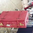 アンティークな感じのスーツケース