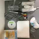 Wii本体と各種パーツ、ソフトのセット