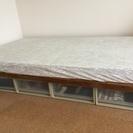 無印の収納+ベッドフレーム+モットンのマットレス(シングルベッド)