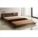 ダブルサイズのベッドフレーム