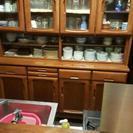 中古食器棚です。