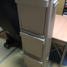 【値下げ】ペダル式ゴミ箱 分別ストッカー縦型3段【値下げ】