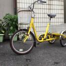 津市内から高齢者向け三輪自転車です。