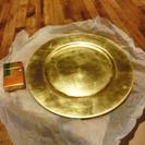 セレブなゴールドの大きな皿
