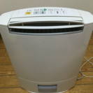 洗濯物乾く ナショナル 衣類除湿乾燥機 F-YZD100 2008年製