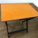 折りたたみ可能 テーブル