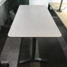オフィス用白デスク