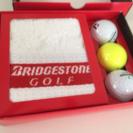 ゴルフボール3個&タオル(ブリヂストン)