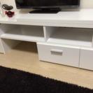 白のテレビ台!