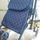 【美品】歩行補助車(シルバーカー) バッグ、折畳椅子付
