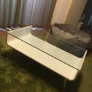 おしゃれなガラステーブル