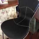 カウンター椅子 おしゃれな皮貼り