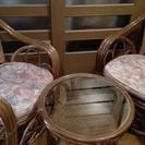 ≪交渉中≫【差し上げます】籐椅子×2脚&籐/ガラステーブル セット