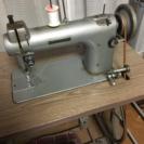 ジャノメ職業用足踏みミシン モデル763