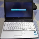 富士通 LIFEBOOK S761/D core i5 Windo...