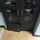 引っ越しに当たって食器棚譲ります