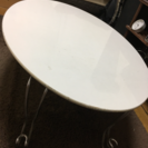 楕円のローテーブル
