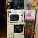 レンジや炊飯器を置く棚
