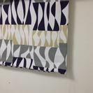 美品☆ロールスクリーンタイプの小窓用カーテン