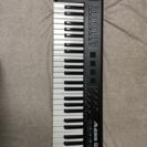 ほぼ新品!電子ピアノ売ります。