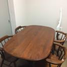 ダイニングテーブル、椅子4脚を、差し上げます