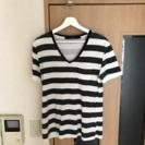 ☆★状態良好★☆ NOIDのTシャツ