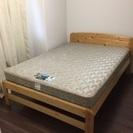マットレスはフランスベッド製 幅140 ベッド