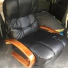 座椅子になる回転、リクライニング付きシングルソファ