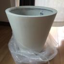 大型鉢 白 高さ40✖️直径40cm 観葉植物に!