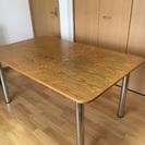 スウェーデン イノベーターダイニングテーブル