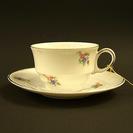 小花柄のデミタスカップ アンティーク