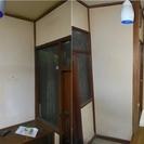 4畳キッチンホールの壁のクロス貼り替え(古いクロス剥がし含む)