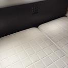 クイーンサイズベッド