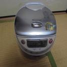 5.5合炊き 東芝炊飯器 RC-10VWA