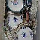 和皿・平皿・小皿各種差し上げます。
