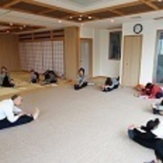 8月26日 ヨガ 特別開講《無料》國安松清先生