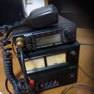 ケンウッドの430メガ帯無線機、安定化電源