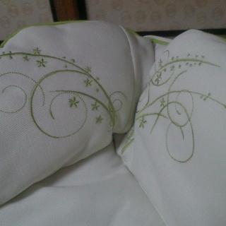 Apricaのハイ・ロウ ベッド&チェアー