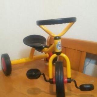 室内使用の三輪車